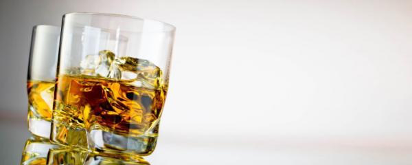 酒精性肝病的相關症狀:肝酵素ALT指數過高